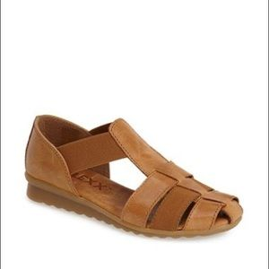 The Flexx Cognac Sandals